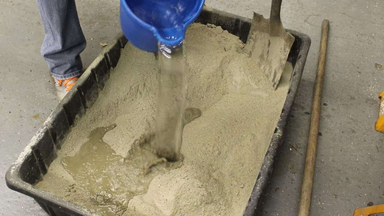 Чем перемешивают цементный раствор купить бетон с доставкой в тульской области